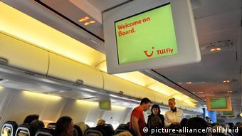 Περικοπές αναμένονται και στην αεροπορική εταιρία Tuifly, θυγατρική του γερμανικού κολοσσού TUI