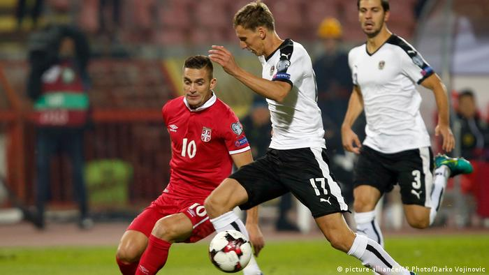 Serbia hizo los deberes y venció como local 1-0 a Georgia para clasificarse de forma directa al Mundial de fútbol que Rusia organizará el próximo año. Los balcánicos, que lograron la victoria con gol de Aleksandar Prijovic a los 74', terminaron en la cima del Grupo D con 21 puntos, dos más que Irlanda, que logró su plaza en el repechaje mundialista al vencer como visitante 1-0 a Gales.