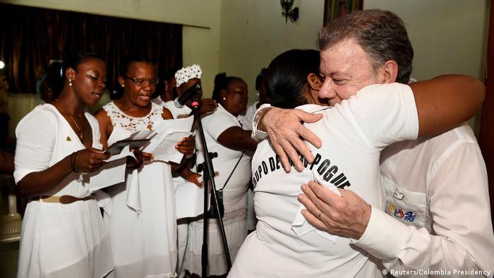 Kolumbien Präsident Santos in Bojayacommemoration in the Bojaya area, Choco, Colombia