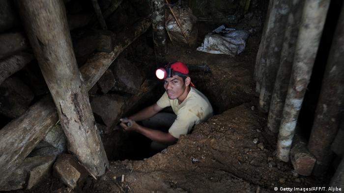 Philipinen - Minenarbeit in Mindanao