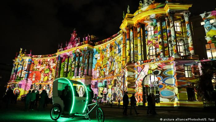 Berlin leuchtet Festival of Lights (picture alliance/Photoshot/S. Yuqi)