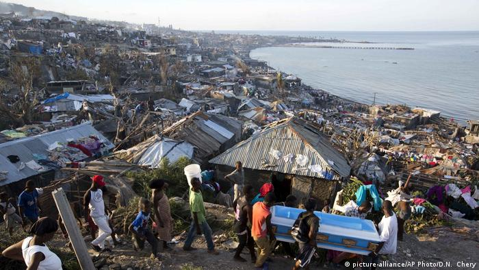 Haiti nach Hurrikan Matthew (picture-alliance/AP Photo/D.N. Chery)