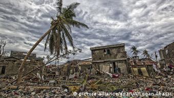 Furacão Matthews causa estrago no Haiti