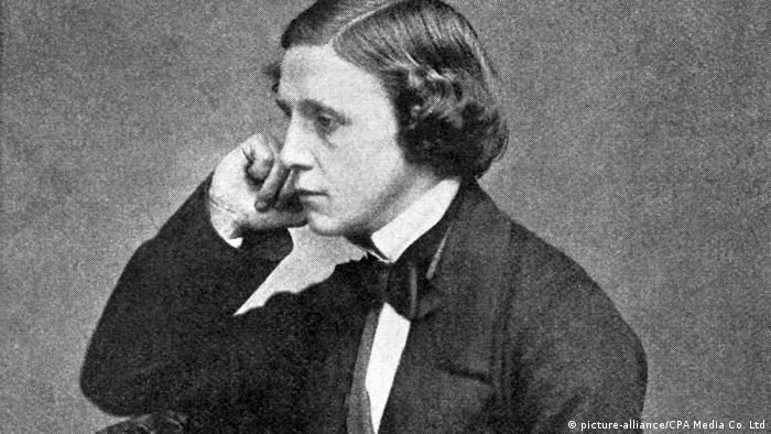 Author Charles Lutwidge Dodgson alias Lewis Carroll (picture-alliance/CPA Media Co. Ltd)