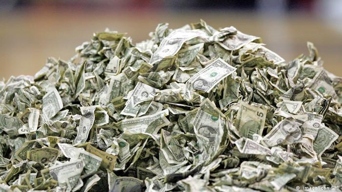 Ein Haufen Geld ( imago/icon SMI Imago/icon SMI)