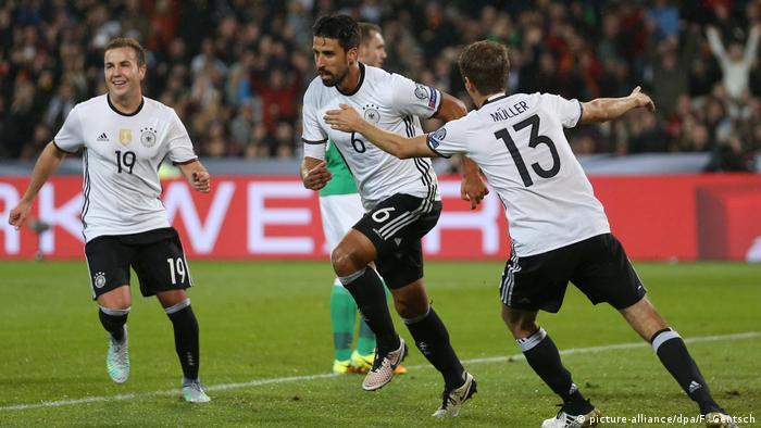 f954cc27bd Fußball WM-Qualifikation Deutschland Nordirland Tor  (picture-alliance dpa F. Germany 2-0 Northern Ireland