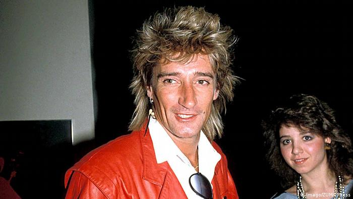 Rod Stewart, wearing a red leather jacket in 1984 (Imago / ZUMA Press)