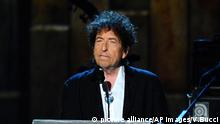FILE - In this Feb. 6, 2015 file photo, Bob Dylan accepts the 2015 MusiCares Person of the Year award at the 2015 MusiCares Person of the Year show in Los Angeles. Dylan will perform at the Desert Trip music festival, kicking off Friday, Oct. 7, in Indio, Calif. (Photo by Vince Bucci/Invision/AP, File) |