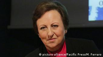 Italien Shirin Ebadi in Turin (picture-alliance/Pacific Press/M. Ferraro)