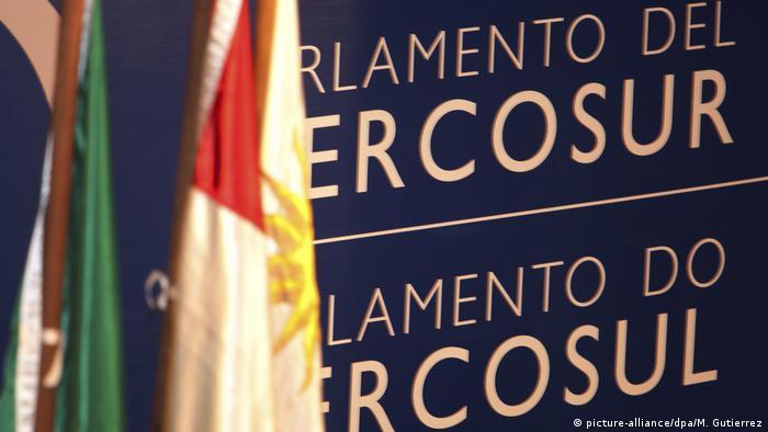 """Mercosur comunicó a Venezuela que cesa de ejercer sus """"derechos inherentes"""" a la condición de miembro pleno del bloque"""
