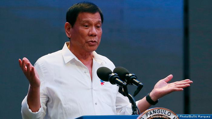 Philipinen Präsident Rodrigo Duterte (Picture-Alliance/AP Photo/Bullit Marquez)