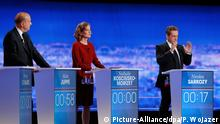 epa05584341 Candidates for the right-wing Les Republicains (LR) party primaries ahead of the 2017 presidential election, (L-R) former prime minister and current Bordeaux mayor Alain Juppe, French lawmaker Nathalie Kosciusko-Morizet and former French President Nicolas Sarkozy during the first televised debate between the seven candidates for France's right-wing presidential nomination, at the studios of French private television channel TF1 in La Plaine-Saint-Denis, north of Paris, France, 13 October 2016. The debate is the first of three, ahead of a primary widely seen as the main battle for the presidency, with unemployment, terrorism and immigration uppermost in the minds of voters, according to recent polls. EPA/PHILIPPE WOJAZER / POOL MAXPPP OUT +++(c) dpa - Bildfunk+++
