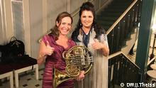 Sarah Willis und Anna Netrebko beim Echo Klassik 2016 im Konzerthaus Berlin