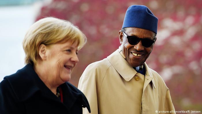 Deutschland Berlin - Merkel trifft auf Muhammadu Buhari im Bundeskanzleramt (picture-alliance/dpa/R. Jensen)