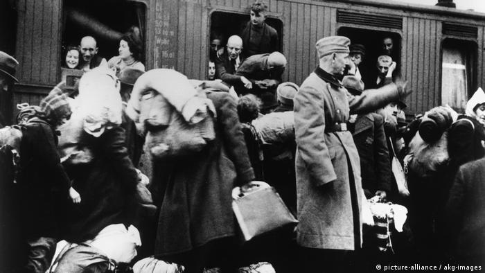 Há 75 anos começavam as deportações de judeus para os campos nazistas