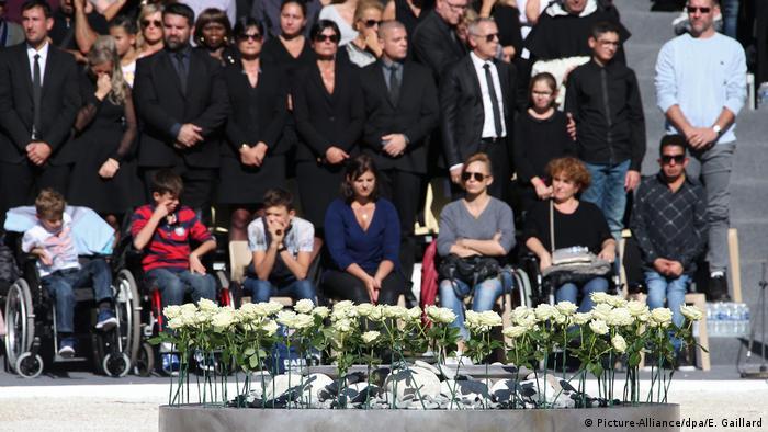 Frankreich Zeremonie für die Opfer des Terrorangriffs vom 14. Juli in Nizza