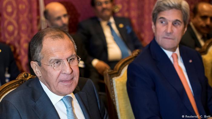 Schweiz Sergej Lawrow und John Kerry beraten in Lausanne über den Syrien-Krieg (Reuters/J.-C. Bott)