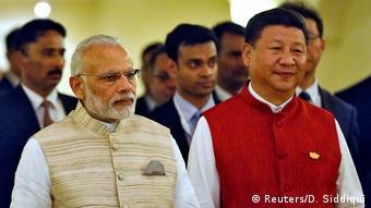 Indien Goa Benaulim BRICS Gipfel - Narendra Modi und President Xi Jinping