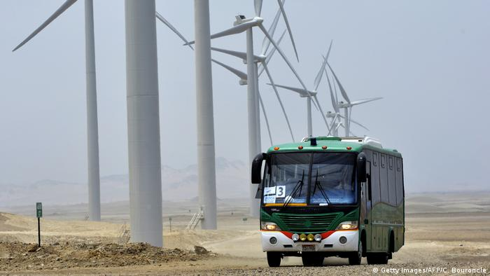 Peru inaugurated the Cupinisque eolic power central, its largest wind farm project ever, on the coastal desert 660 km north of Lima on September 24, 2014 (Getty Images/AFP/C. Bouroncle)