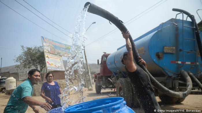 Peru Lima - Wasserversorgung (Getty Images/AFP/E. Benavides)