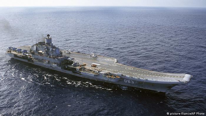 Russischer Flugzeugträger Admiral Kusnezow (picture-lliance/AP Photo)