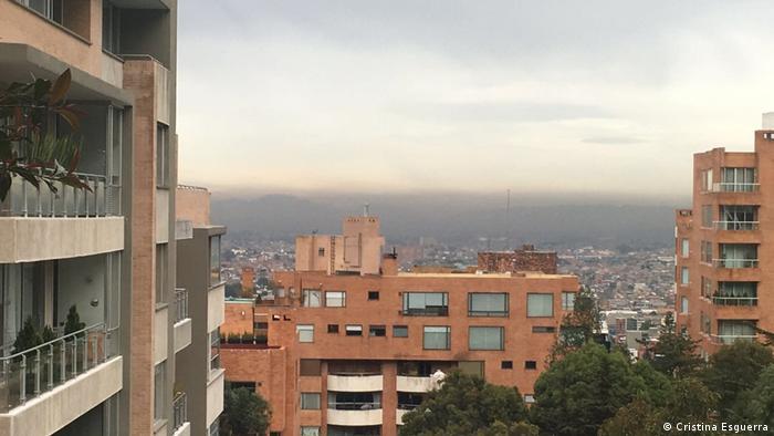Esmog en el cielo de Bogotá. (Cristina Esguerra)