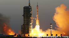 China startet Shenzhou-11 Raumfahrzeug