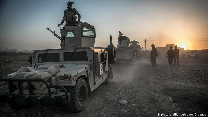 Irak Mossul Truppen der peschmerga gegen IS (picture-alliance/dpa/A. Dicenzo)
