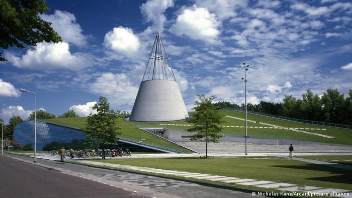 Bibliothek der Technischen Universität im niederländischen Delft (picture-alliance/Nicholas Kane/Arcaid)