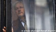 Großbritannien Wikileaks Assange (picture-alliance/AP Photo/F. Augstein)