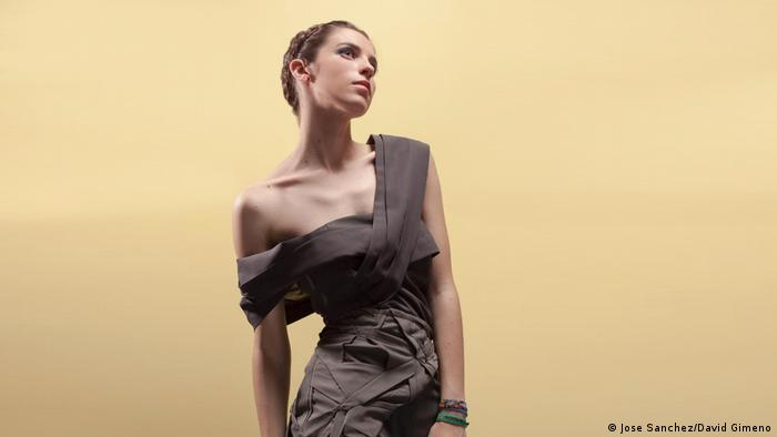 Modedesign von Nohemi Pecina (Jose Sanchez/David Gimeno)