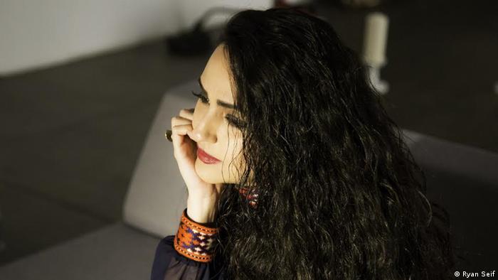 Mandana Khazraei iranische Sängerin (Ryan Seif)