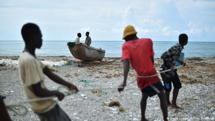 BdW Global Ideas Bild der Woche KW 42/2016 Haiti Hurrikan Matthew Fischer (Getty Images/AFP/H. Retamal)