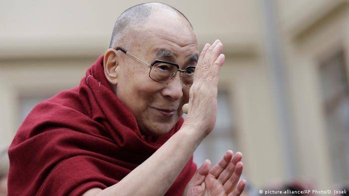 Dalai Lama visits northeastern India, despite Chinese
