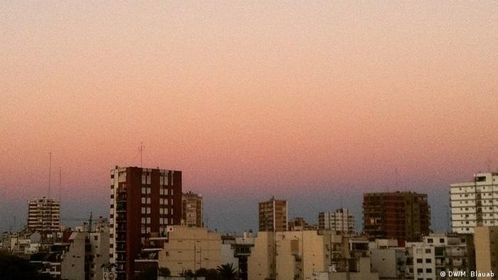 Argentinien Hochhäuser in Buenos Aires (DW/M. Bláuab)