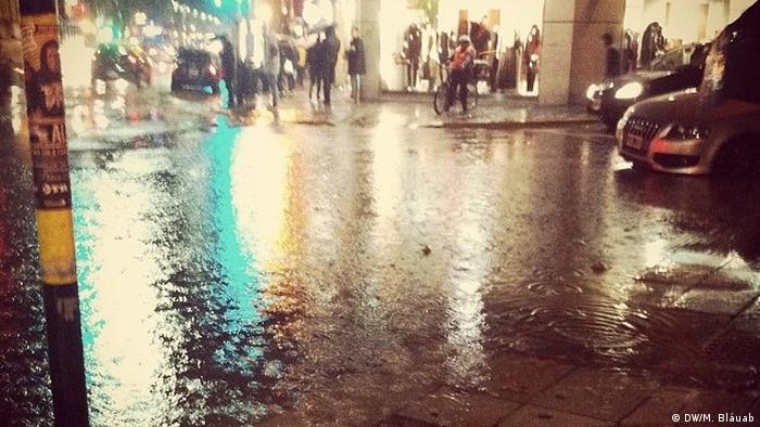Argentinien Überschwemmungen in Buenos Aires (DW/M. Bláuab)