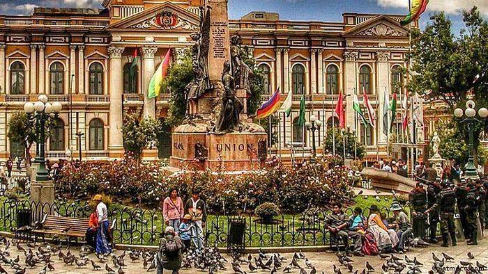 Bolivien Projekt Habitat Murillo Platz (latmeco.com)