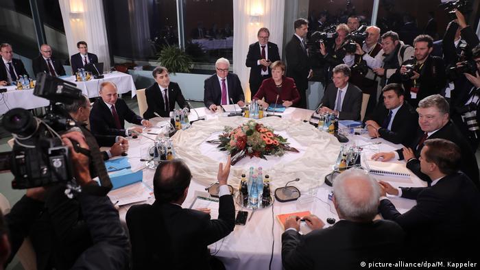 Зустріч нормандської четвірки у жовтні 2016 року. Тепер Макрон замінив Олланда на посаді президента Франції
