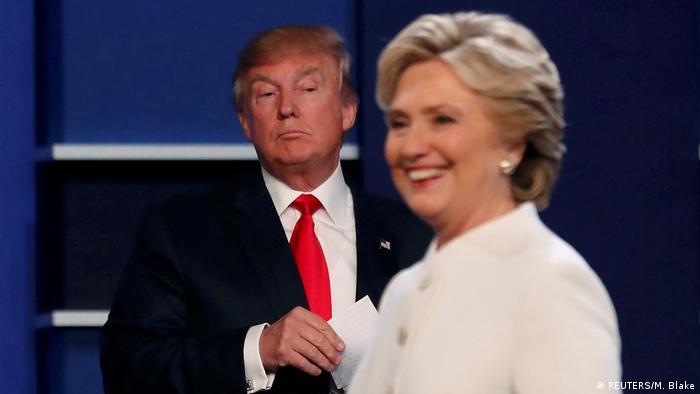 Trump während einer Fernsehdebatte mit der demokratischen Kandidatin Hillary Clinto