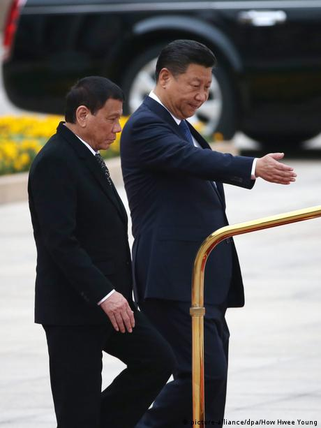 China Peking Philippines President Rodrigo Duterte visits China (picture-alliance/dpa/How Hwee Young)