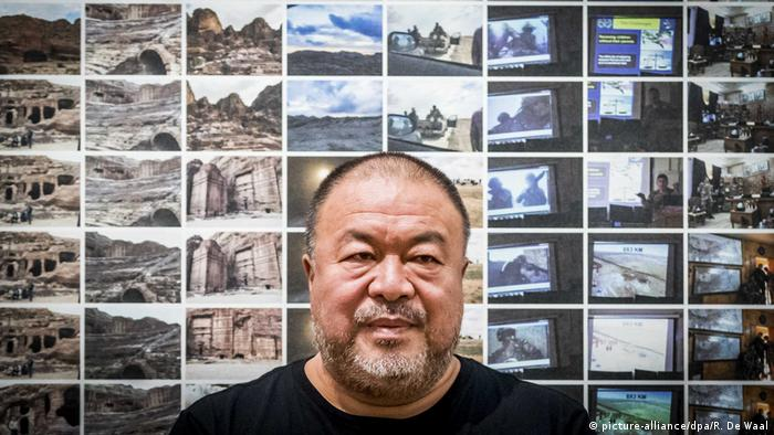 Top Ten Art Review Power 100 Ai Weiwei (picture-alliance/dpa/R. De Waal)