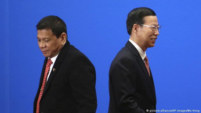 China Peking Staatsbesuch Duterte Philippinen (picture-alliance/AP Images/Wu Hong)