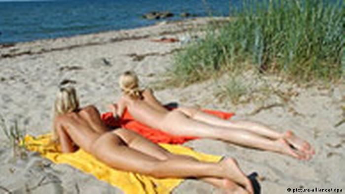 Lezbijke seks na plaži