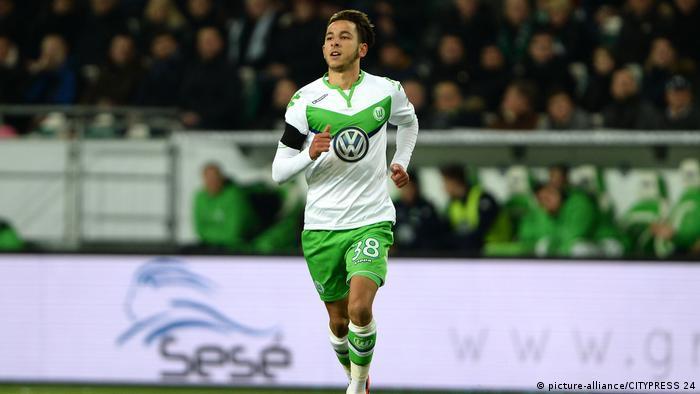 Bundesliga | VfL Wolfsburg - Ismail Azzaoui (picture-alliance/CITYPRESS 24)