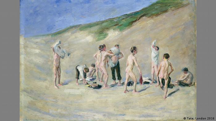 После купания (1904)
