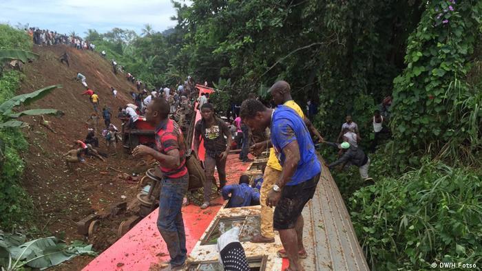 Shughuli za kuwaokoa manusura wa ajali ya treni Cameroon