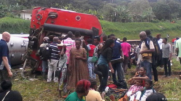 Kamerun Zugunglück zwischen Douala Yaounde (DW/H.Fotso )