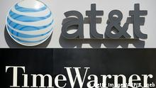 Logos ATT-TIMEWARNER (Getty Images/AFP/S. Loeb)