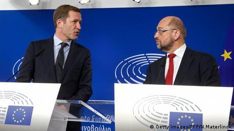 Paul Magnette y Martin Schulz (Getty Images/AFP/N.Materlinck)