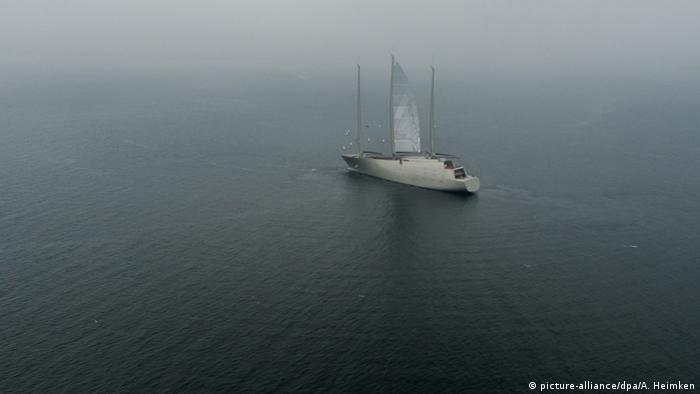 Deutschland Sailing Yacht A auf der Kieler Förde (picture-alliance/dpa/A. Heimken)